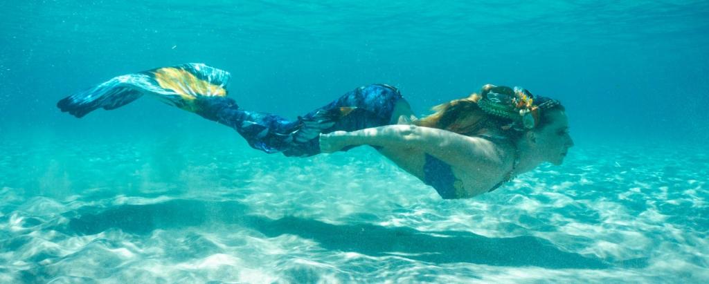 Ich bin Mermaid Triniti, eine Meerjungfrau aus Leidenschaft.
