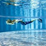 Ich beim Schwimmen mit Meerjungfrauenflosse. (Foto: Georg Sebastian Erdmann)