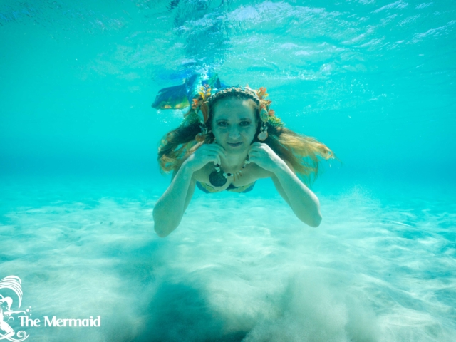 The Mermaid: Meerjungfrauen-Shooting im Meer auf Kreta
