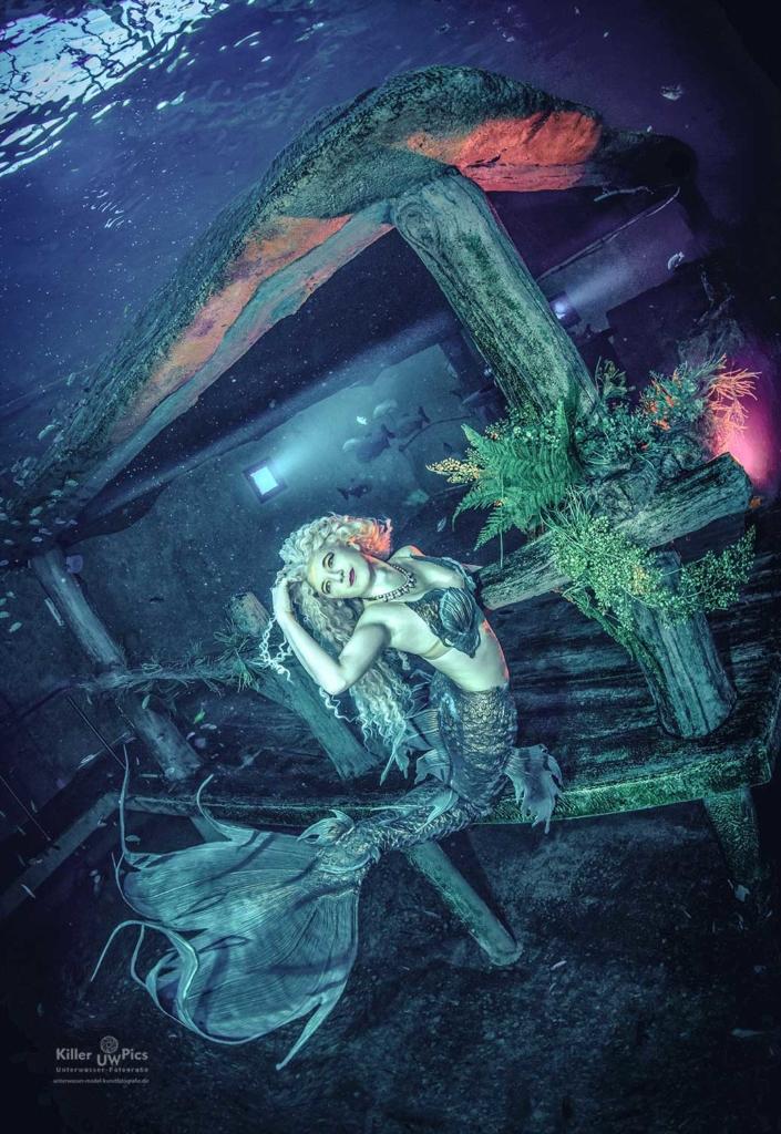 Meerjungfrauen-Shooting im Todi Tauchcenter mit Konstantin Killer (Foto: Konstantin Killer).