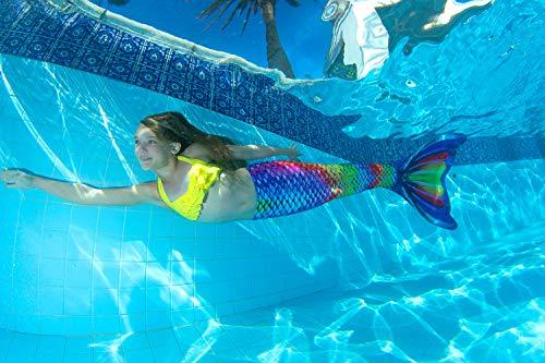 Die Meerjungfrauenflosse Rainbow Reef von Fin Fun lässt sich problemlos an- und ausziehen.